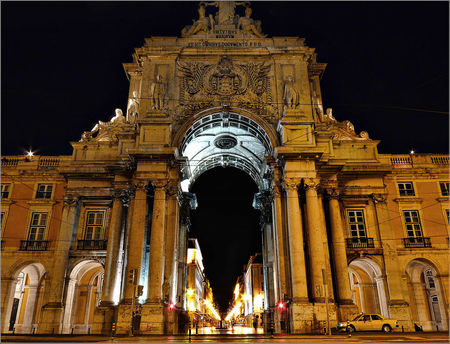 Arco da Rua Augusta by Night Chiado