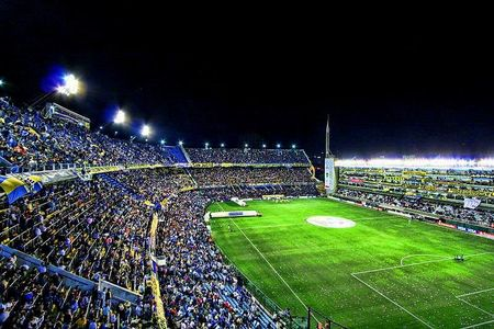 La Bombonera stadium full