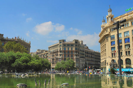 Plaza de Cataluna and Bank of Spain