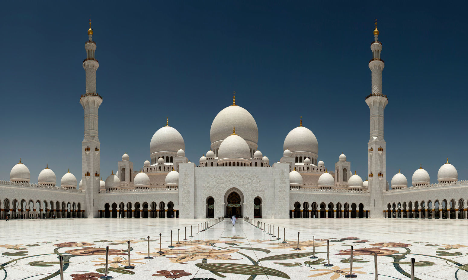 Sheikh Zayed Grand Mosque entrance courtyard frontal perfect symetry
