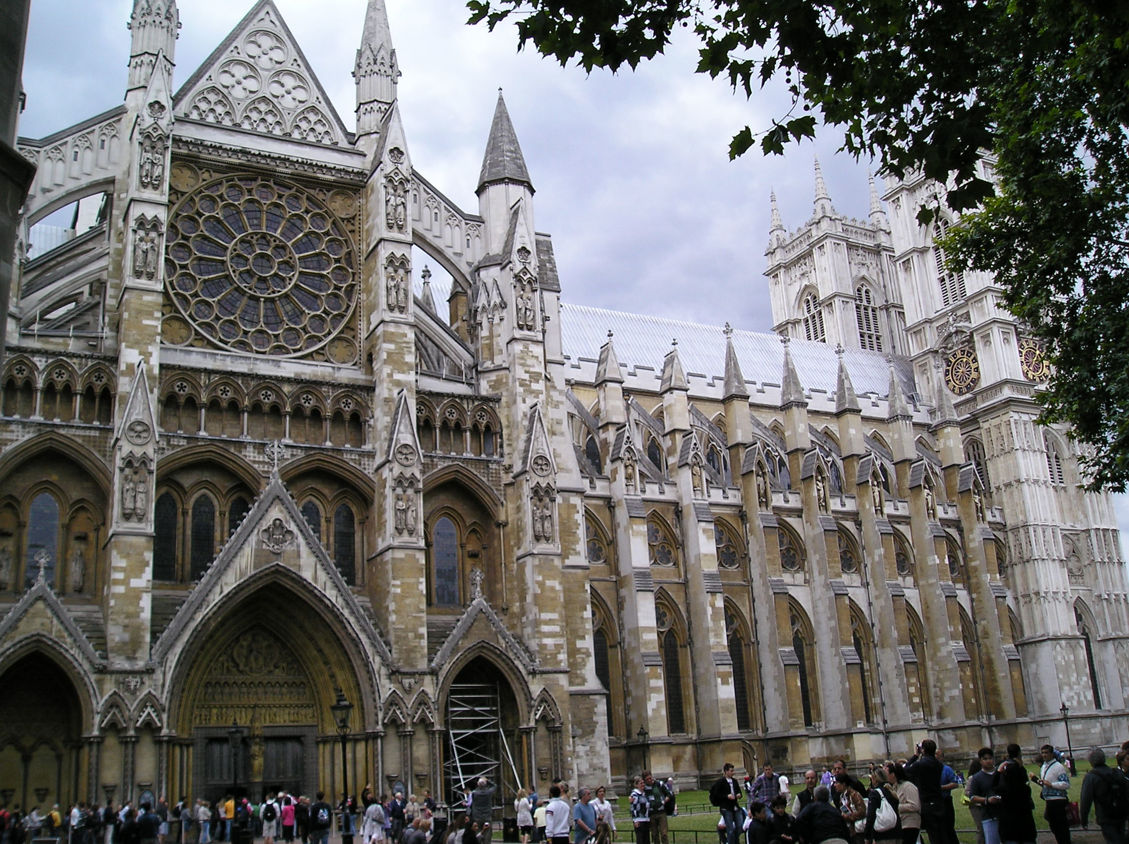 Westminster Abbey parliament square