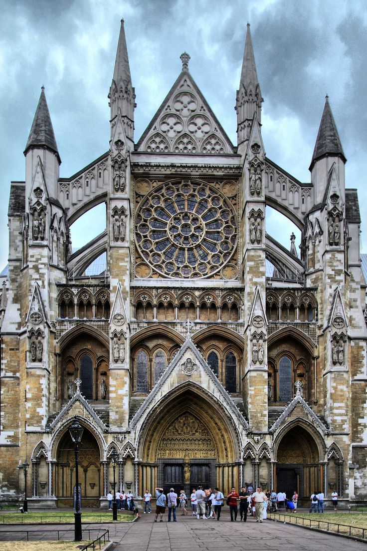 Westminster Abbey whole front facade